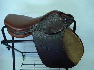 Rossi-&-Carusso-close-contact saddle-17inch-R4000-L15
