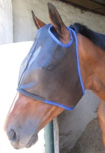 fly-mask-comfort-with-ear-holes